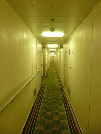 P&O Ferries - Day Trips : Corridor Green Deck