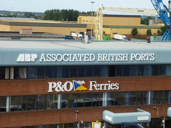 P&O Ferries - Day Trips : Hull Ferry Terminal