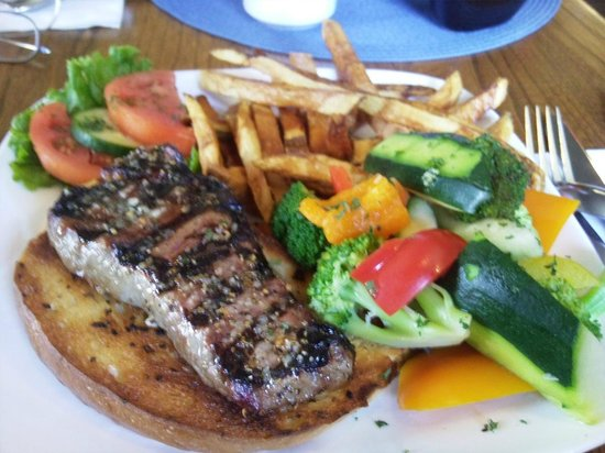 Armstrong Inn Restaurant : Awesome Steak Sandwich special...