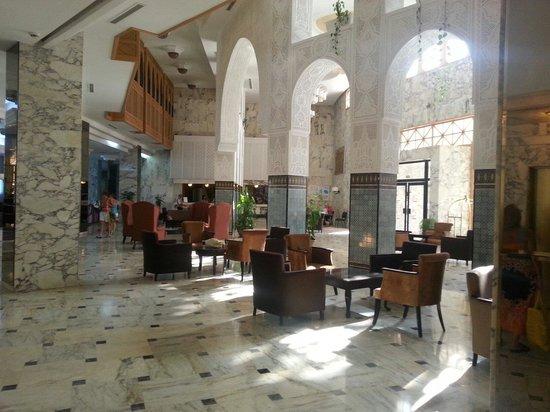 Marhaba Beach Hotel: Hotel reception
