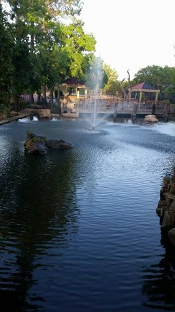 Horseshoe Bay Resort: fountain