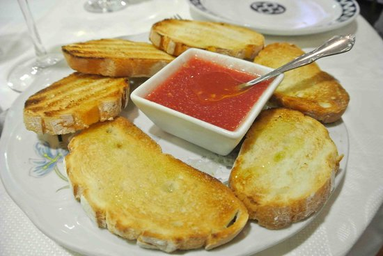 Civera Marisquerias : Bread & Tomato spread