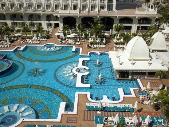 Hotel Riu Palace Aruba: Piscina