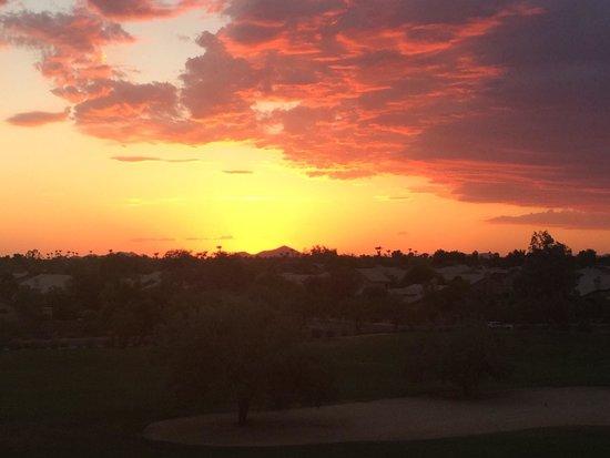 The Westin Kierland Villas : Sunset from room 7403