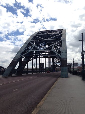 The Tyne Bridge : View from on the bridge