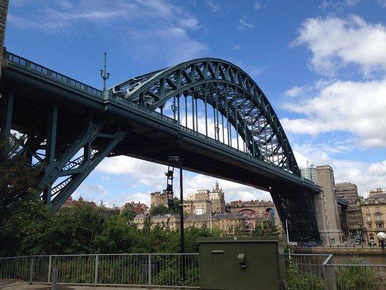 The Tyne Bridge : Underneath bridge