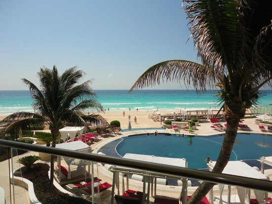 Sandos Cancun Luxury Resort: sacada