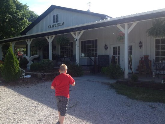 Adams Breezy Hill Farm: Nathan at Adam's Breezy Hill Farm
