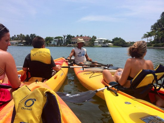 Liquid Blue Outfitters: Kelly telling us about the manatee just below us