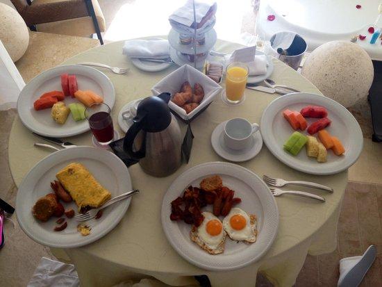 Le Blanc Spa Resort: Breakfast !