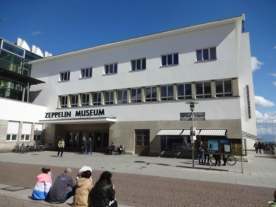 Zeppelin Museum : ドイツはどこもそうですが建築デザインには無頓着です