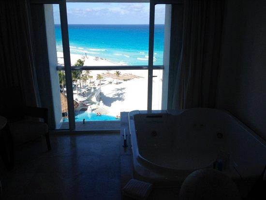 Le Blanc Spa Resort: Best room view 702 honeymoon suite