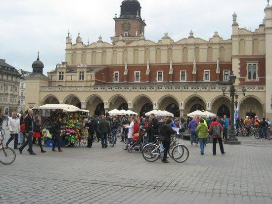 Marktplatz (Rynek Główny): Sukiennice