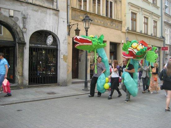 Marktplatz (Rynek Główny): Dragon parade