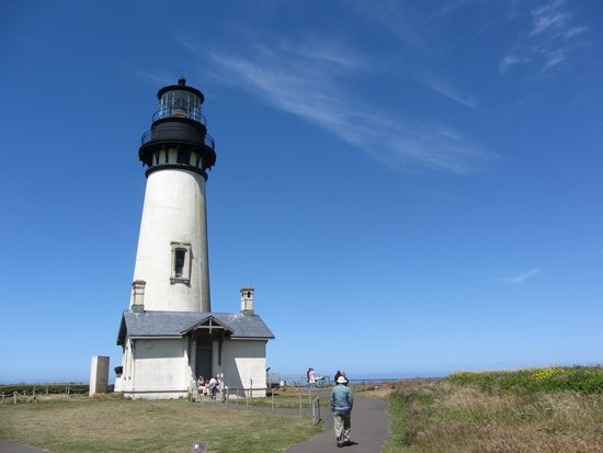 Yaquina Head Outstanding Natural Area: Yaquina Head Lighthouse