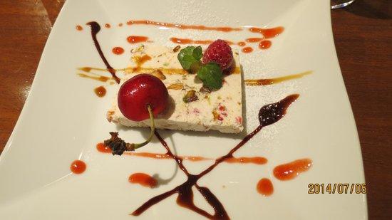 Cototoi: コースランチ・デザート(2種類の内一つ)