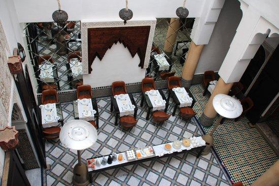 Riad Maison Bleue : 朝食会場