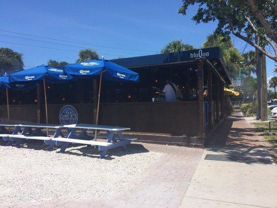 Siesta Beach: Barzinho maravilhoso com som ao vivo (classic rock)