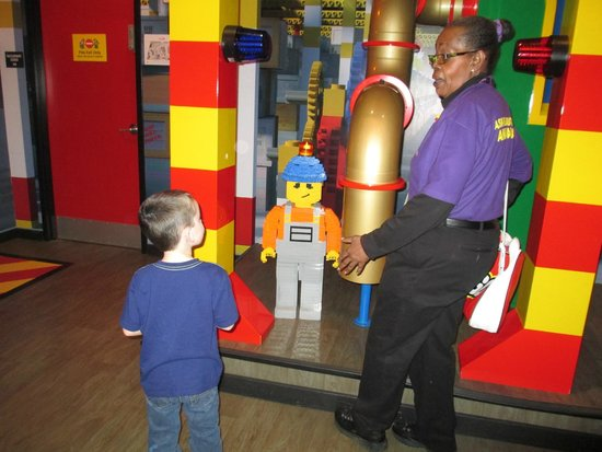 LEGOLAND Discovery Center: Talking with the staff