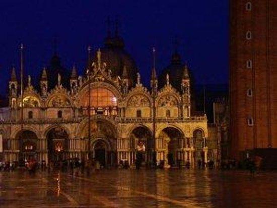 St. Mark's Square: Palacio Ducal