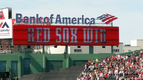 Fenway Park : Red Sox Win
