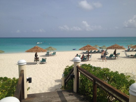 Sands at Grace Bay: On the beach