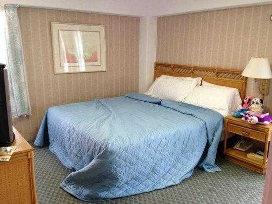 Ilima Hotel : Bedroom of 1 Bedroom Suite