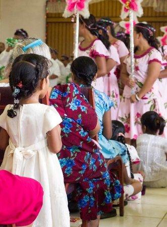 Kosrae Village Ecolodge & Dive Resort: Christmas Marching in Malem Village