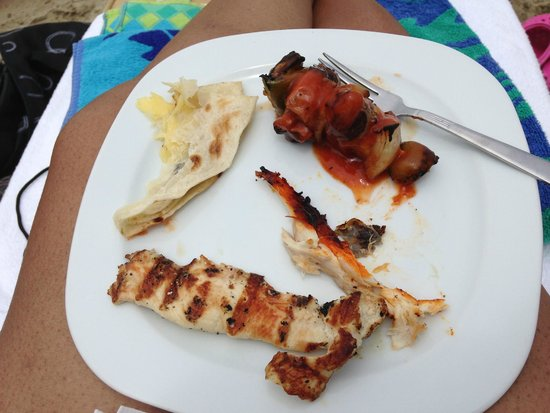 Marival Residences Luxury Resort : food from the buffet at the VIP beach club