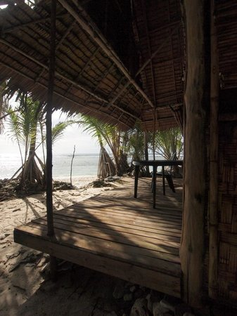 Kosrae Village Ecolodge & Dive Resort: The Suite Next to the Water