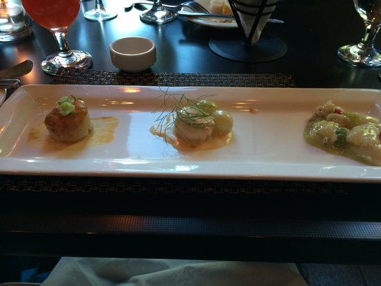Bistro 101 at Pacific Institute of Culinary Arts : Scallops three ways