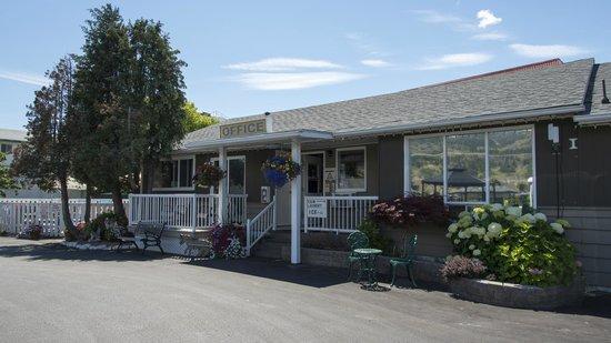 Valley Star Motel: Motel Office