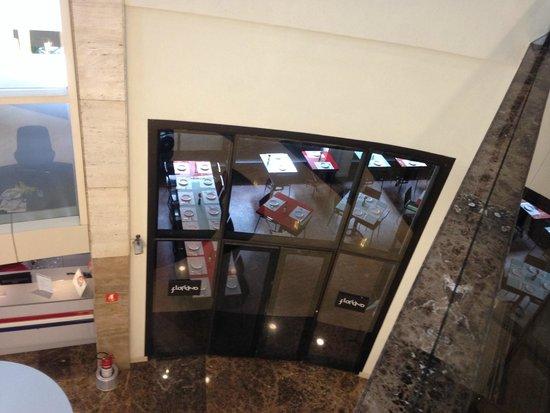 Staybridge Suites Sao Paulo: Vista da entrada do restaurante