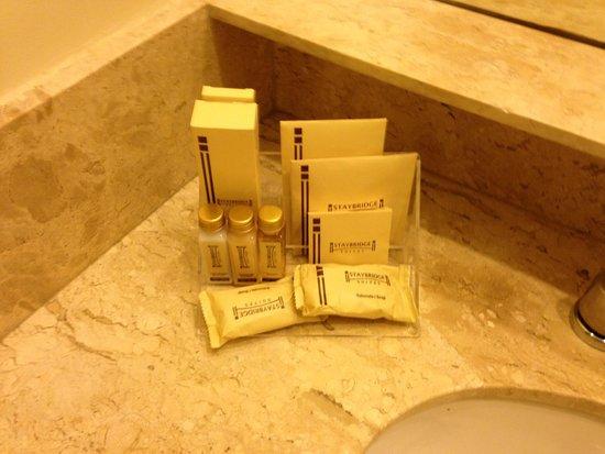 Staybridge Suites Sao Paulo: Brindes, incluindo escova de dentes e pente