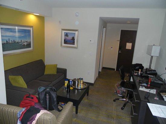 Comfort Suites Miami / Kendall: espacio estar