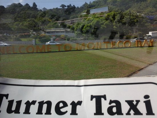 Turner Taxis and Tours Jamaica: Welcome to Montegobay
