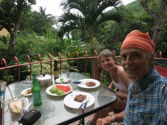 Casa de Piedra: Lunch on the balcony