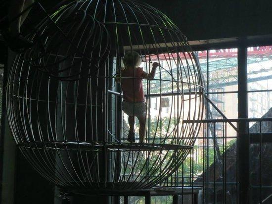 City Museum: Bird cage