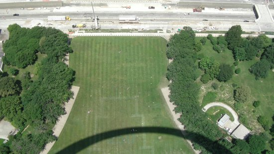 Gateway Arch : View of  construction from Arch