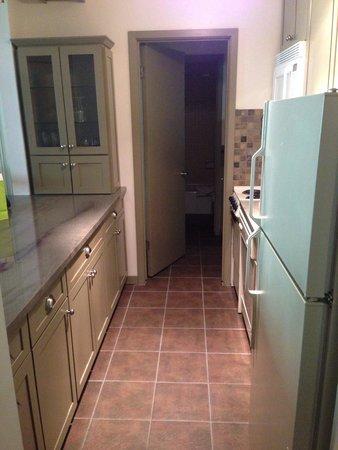 Manor Vail Lodge: Full kitchen