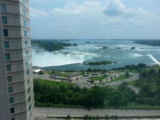 Radisson Hotel & Suites Fallsview: View from Room 1237, 12th floor