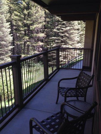 Manor Vail Lodge: Huge deck