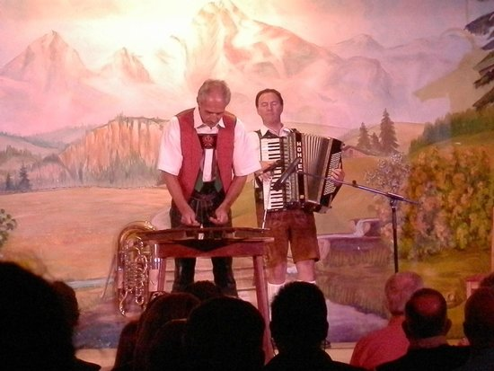 Tyrolean Evenings with the Gundolf Family: Wooden Xylophone Performance
