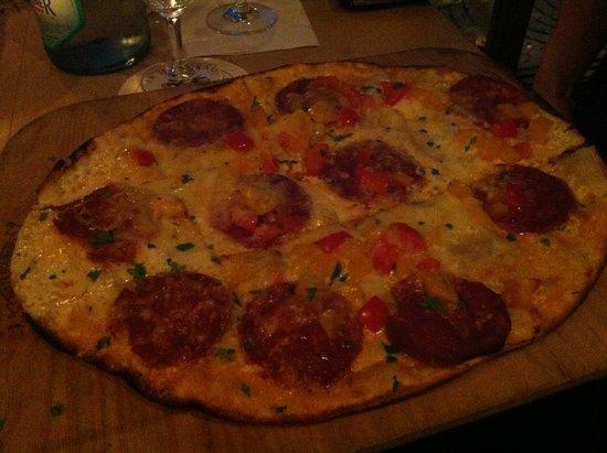 Rheinzeit: Traditional Pizza