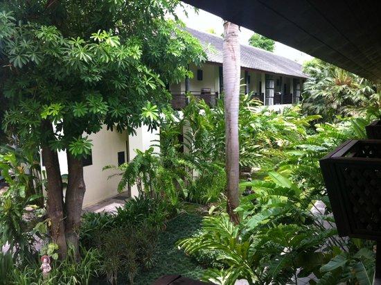 Royal River Kwai Resort & Spa: Gardens