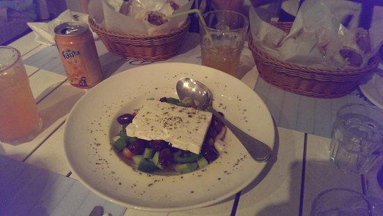 Blu Kouzina: Greek Salad