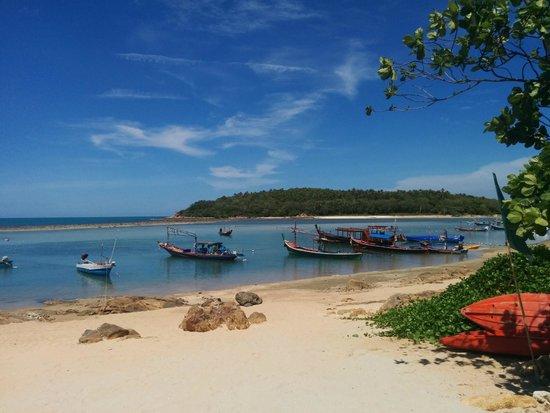 Bhundhari Spa Resort & Villas Samui: thai feeling beach
