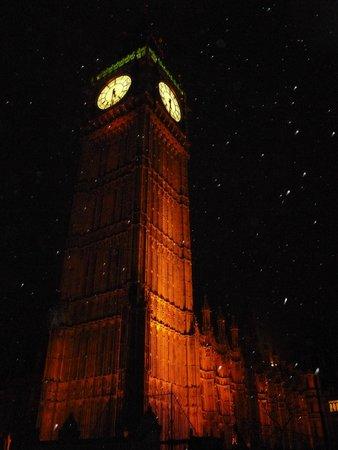 Big Ben: Blustery Night