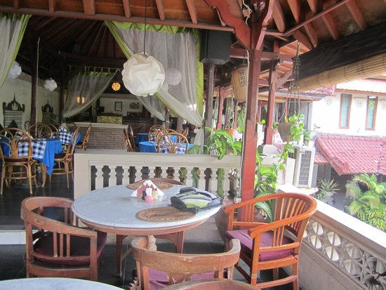 Restu Bali Hotel: breaky / restaurant