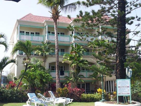 Coral Mist Beach Hotel: coral mist june 2014